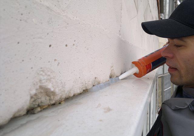 Герметизация монтажных швов на балконе и лоджии: фото.